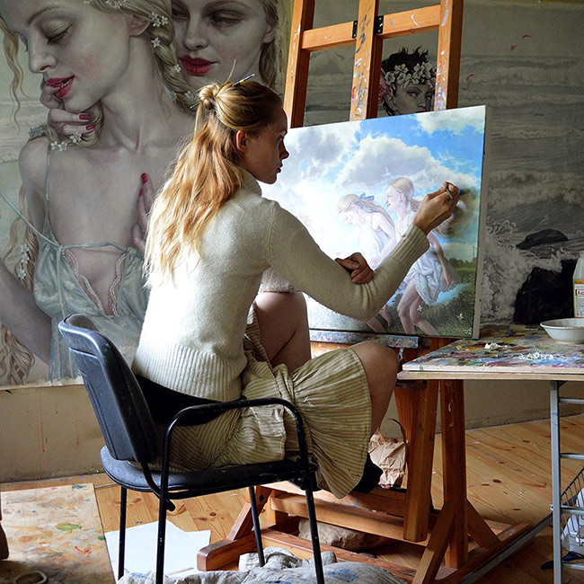 Jana Brike - Artist at Work 3
